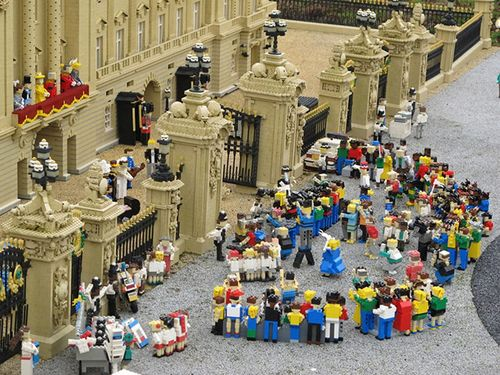 Royal-WeddingLEGO
